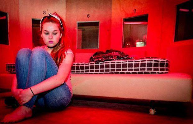 Pays-Bas : 1 400 filles mineures sont chaque année victimes d'esclavage sexuel, abusées et forcées à se prostituer par de jeunes proxénètes immigrés