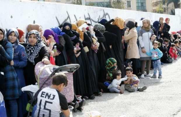 Réfugiés syriens : le Liban bloque les demandes de permis de séjour du HCR qui veut empêcher le retour des réfugiés syriens chez eux
