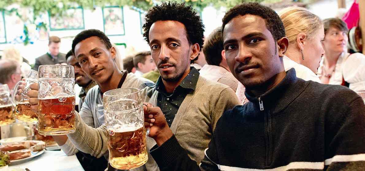 Des associations d'immigrés demandent qu'on célèbre une « Journée de la diversité allemande »