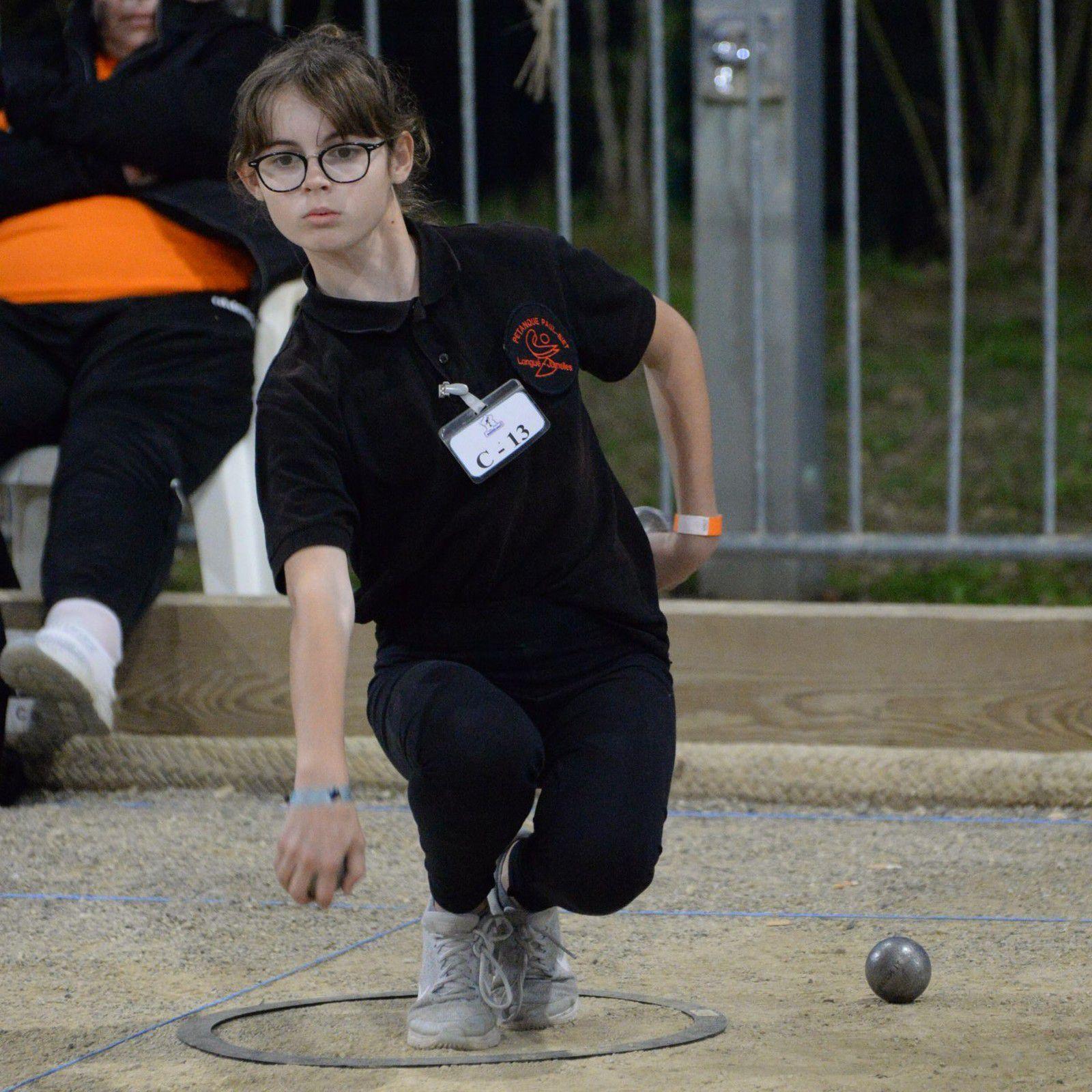Floria GIRARD : Une battante d'une grande sportivité, malgré son handicap...