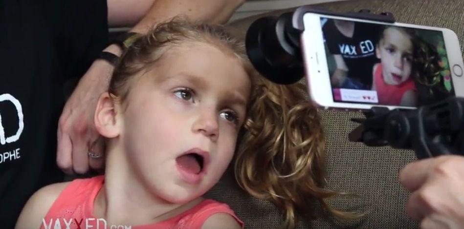 La vie brisée de la petite Rowan  et de sa famille après des vaccins