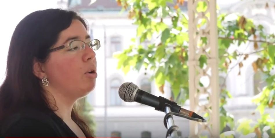 """Mateja Cernic, sociologue: """"Nous devons croire aveuglément à l'efficacité miraculeuse et complète de la vaccination"""""""