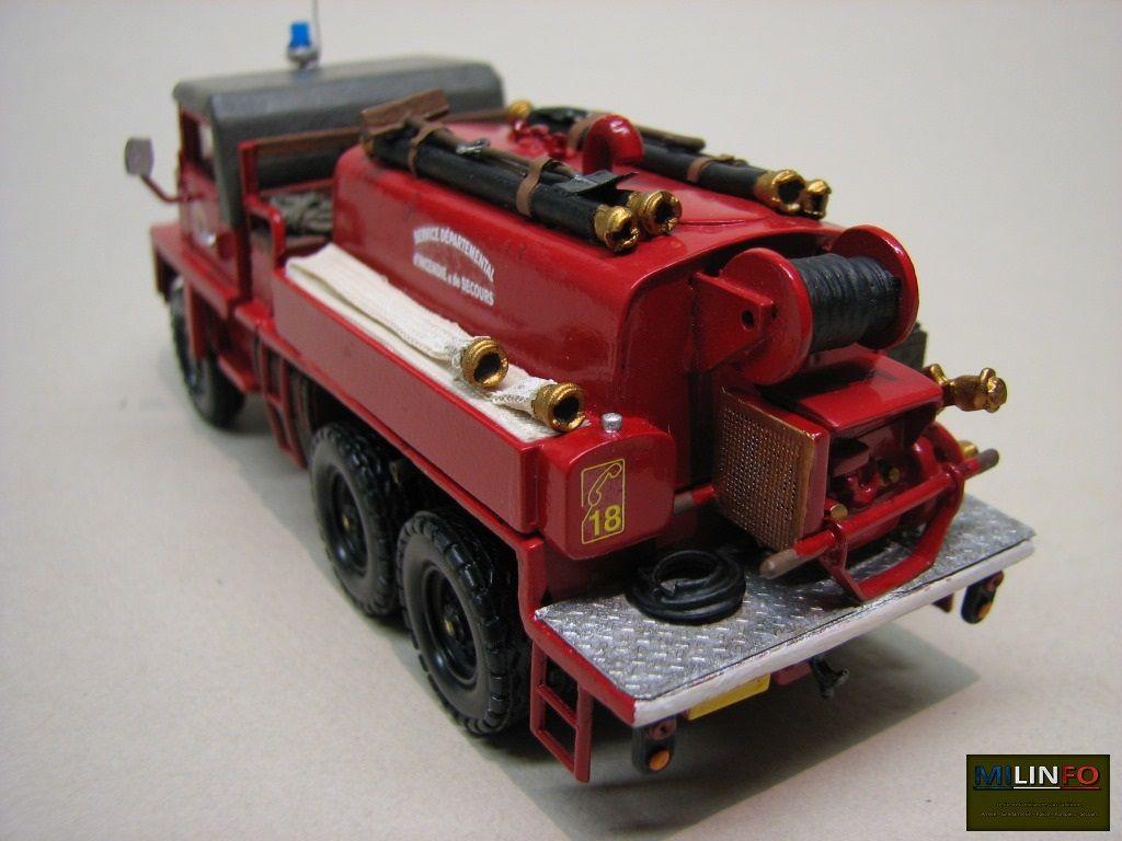 GBC 8 KT sapeurs-pompiers au 1/50 sur base Parade (par Robert B.)