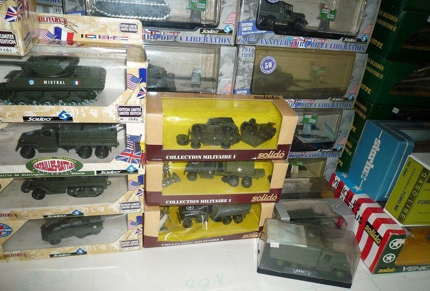 Annonce : lot important de maquettes 1/35 et miniatures Solido à vendre