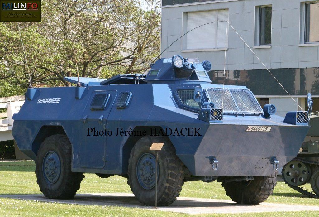 Véhicules et matériels : le Berliet VBRG Gendarmerie