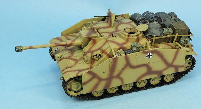 Sturmgeschütz III Ausf.G au 1:48 (par Elodie)