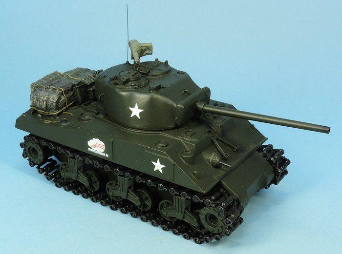 Sherman M4A1 sur base Solido avec kit Gaso.Line (par Elodie Saint-Lôt)