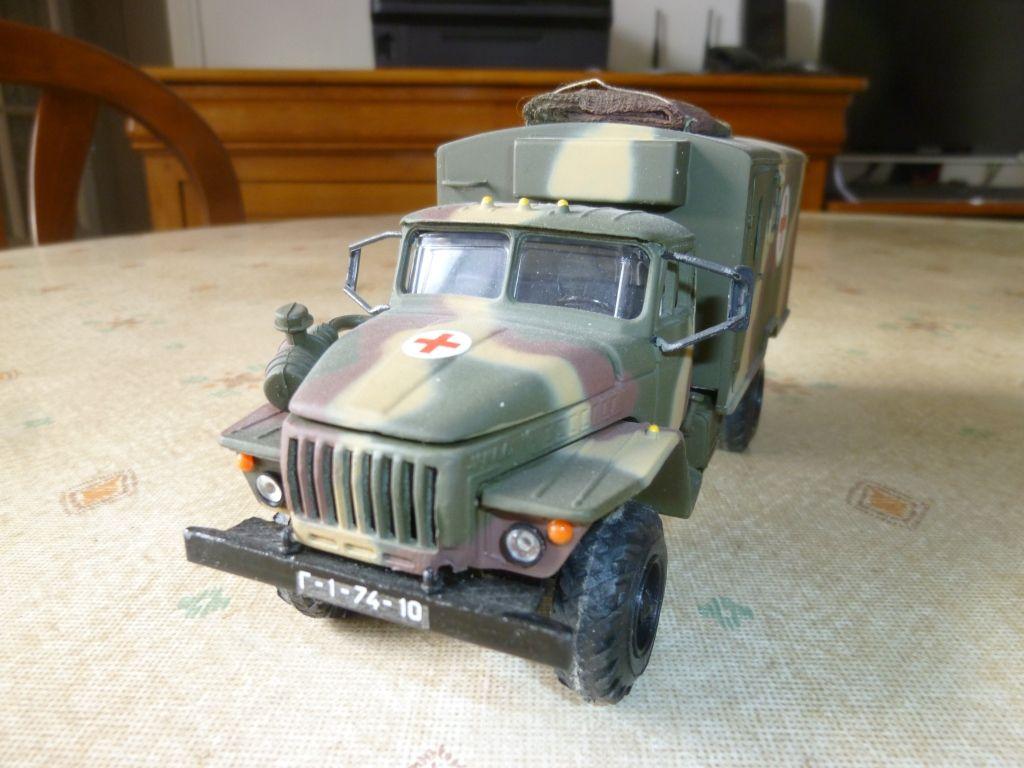 Camion URAL 4320 au 1/43 (TO Models, Scale...) par Hervé C.
