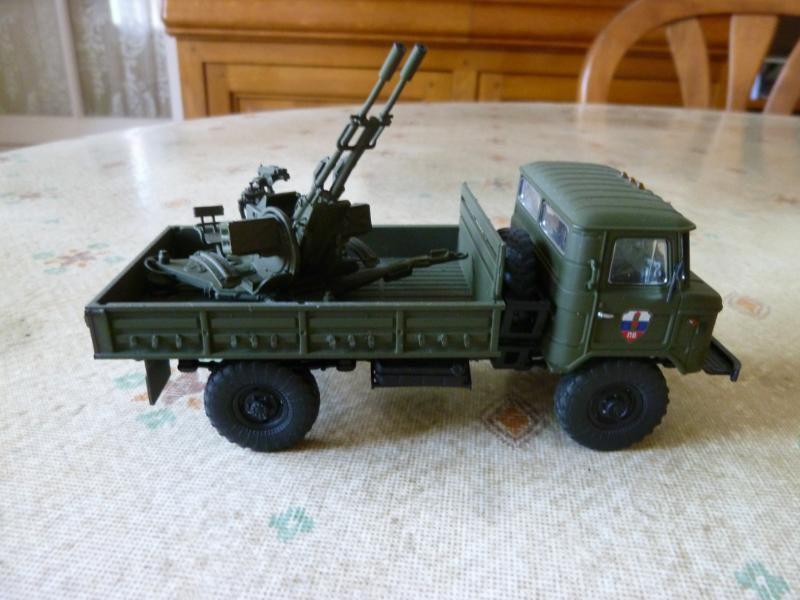Camion GAZ 66 avec canon anti-aérien ZU-23-2 au 1:43 (par Hervé C.)