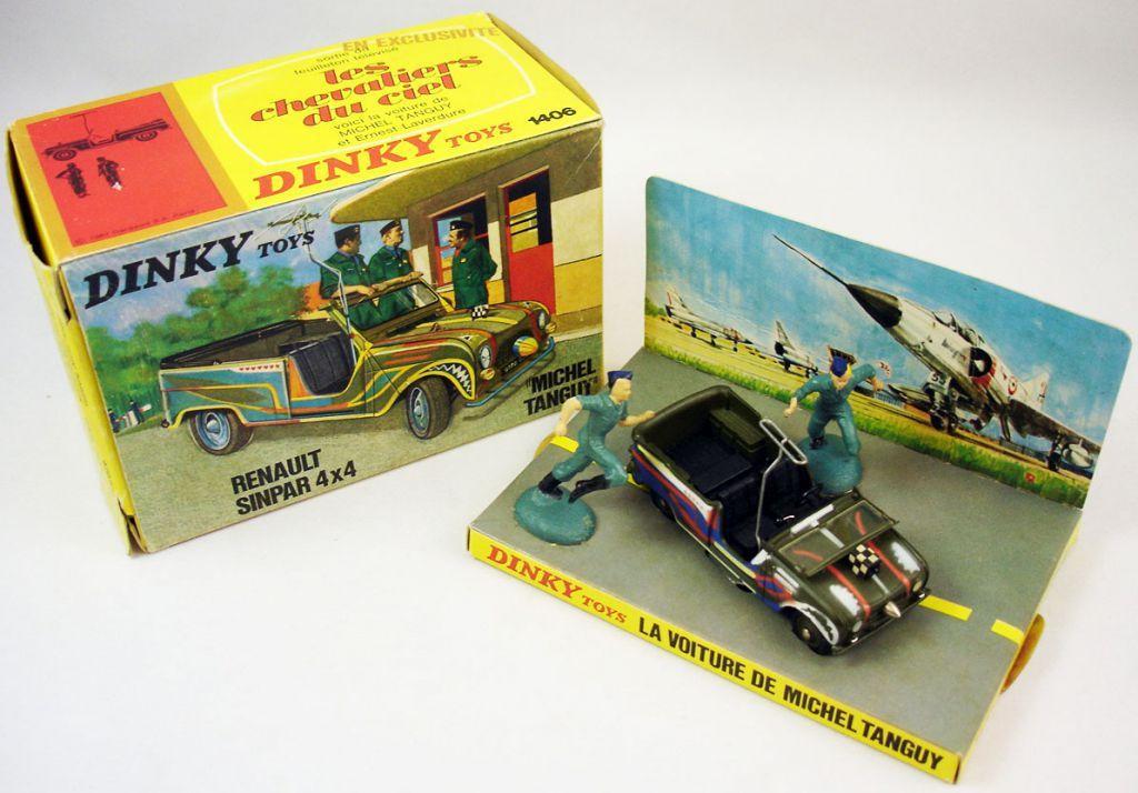 La Renault 4 SINPAR existea ussi chez Dinky toys en version armée, gendarmerie et... Chevaliers du ciel !