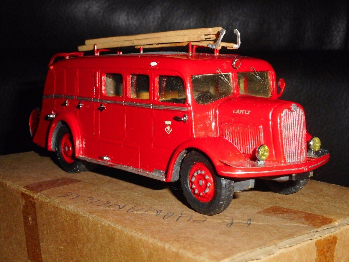 Collector : LAFFLY ACL 5 C6 1949 au 1/50 (Minitrucks)