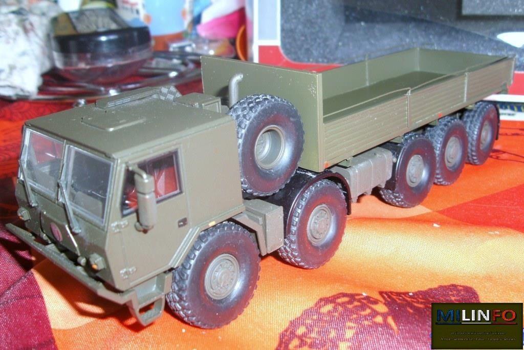 Camion Tatra T815-790R99 10x10 1R militaire au 1/43ème (Kaden)