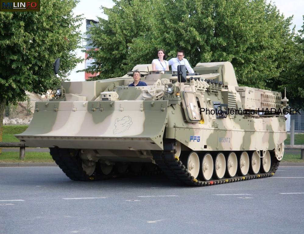 Embarquement sur porte-char... pour les chars KRAUSS MAFFEI