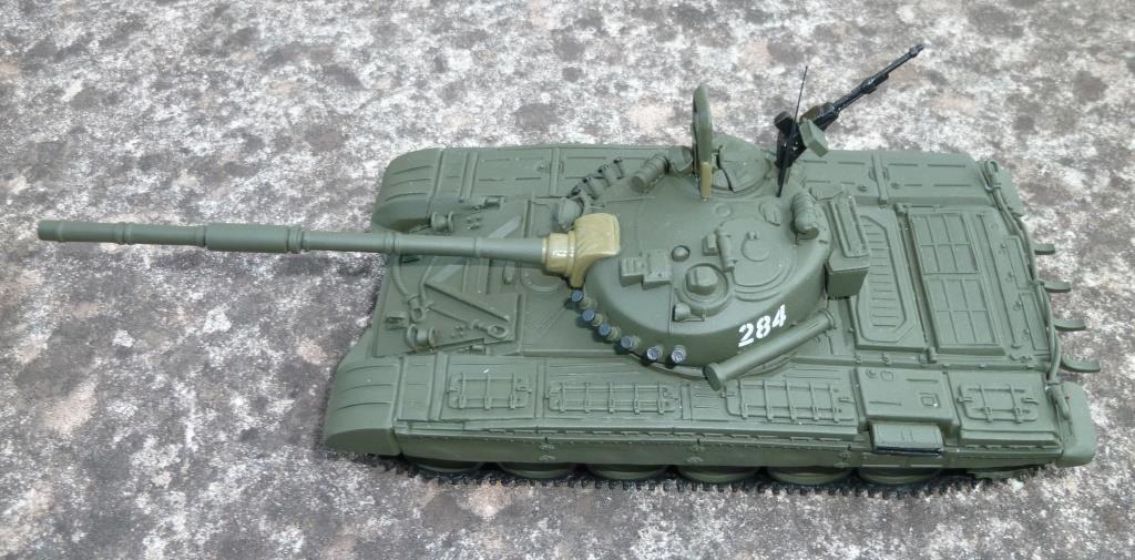 Chars T-72 et T-90 au 1/43 (par Hervé C.) - Mise à jour 16/11/2018