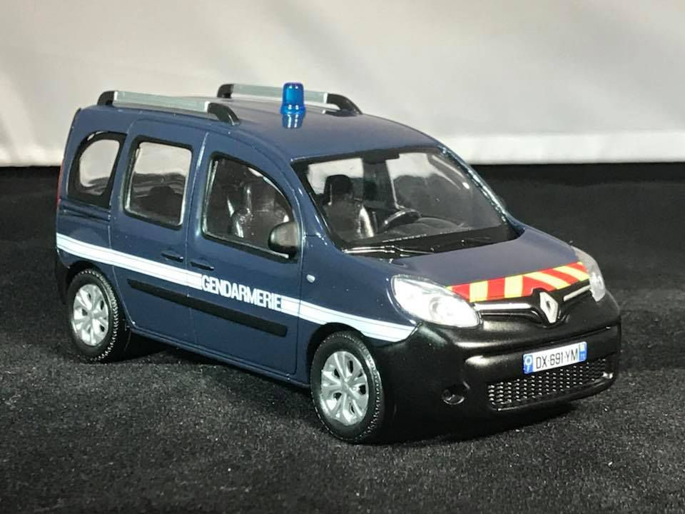 Renault Kangoo équipe cynophile (modif perso) et Outre-Mer
