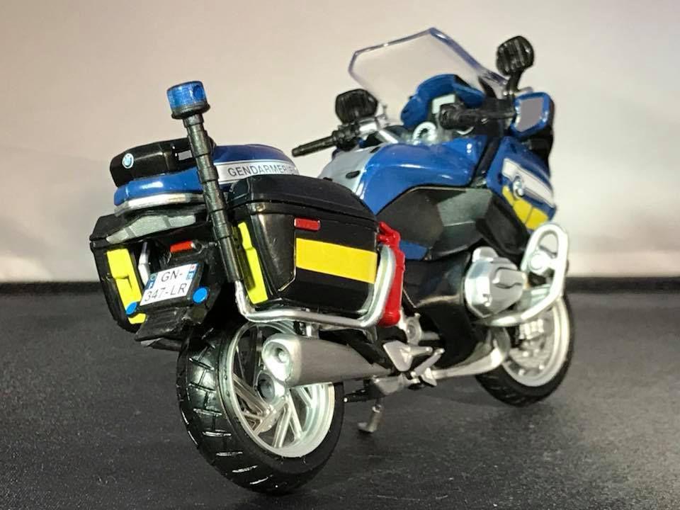 BMW R 1200 RT et Yamaha FJR au 1/18 (Maïsto)