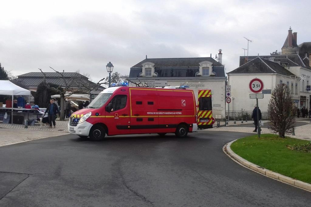 Véhicules & matériels : Renault Master VSAB de la ville de Langeais (Indre-et-Loire)