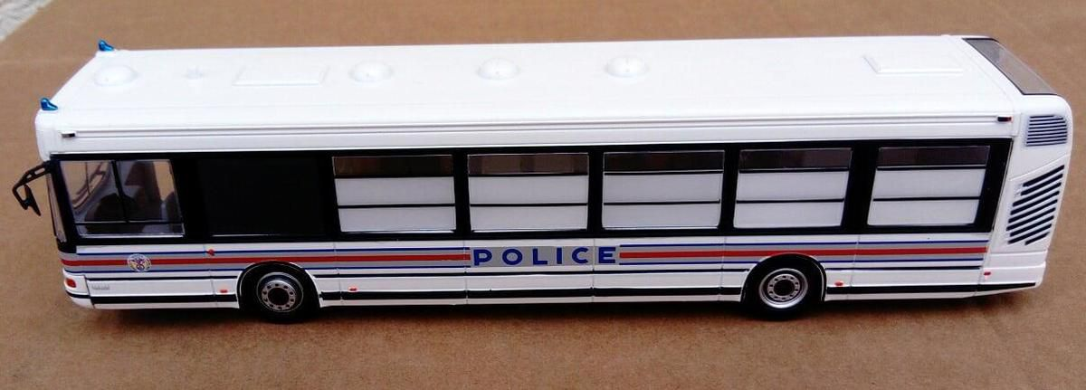 Irisbus Agora de la Police nationale au 1/43 (Hachette-Collections)
