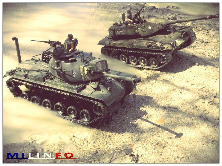 Terrain meuble, boue, eau... rien n'est épargné à ces chars placés entre les mains de David !