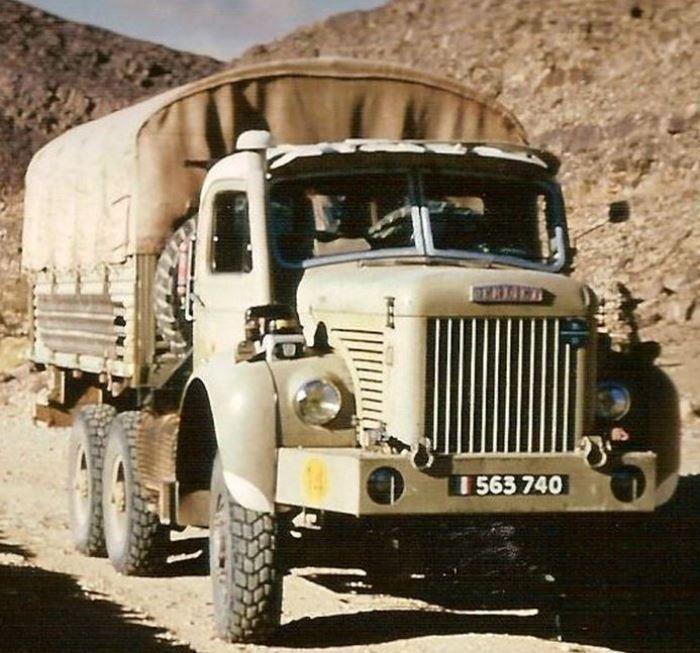 Modif : Berliet GBC 8 MK 6 x 6 des Compagnies sahariennes au 1/43 (par Pierre C.)