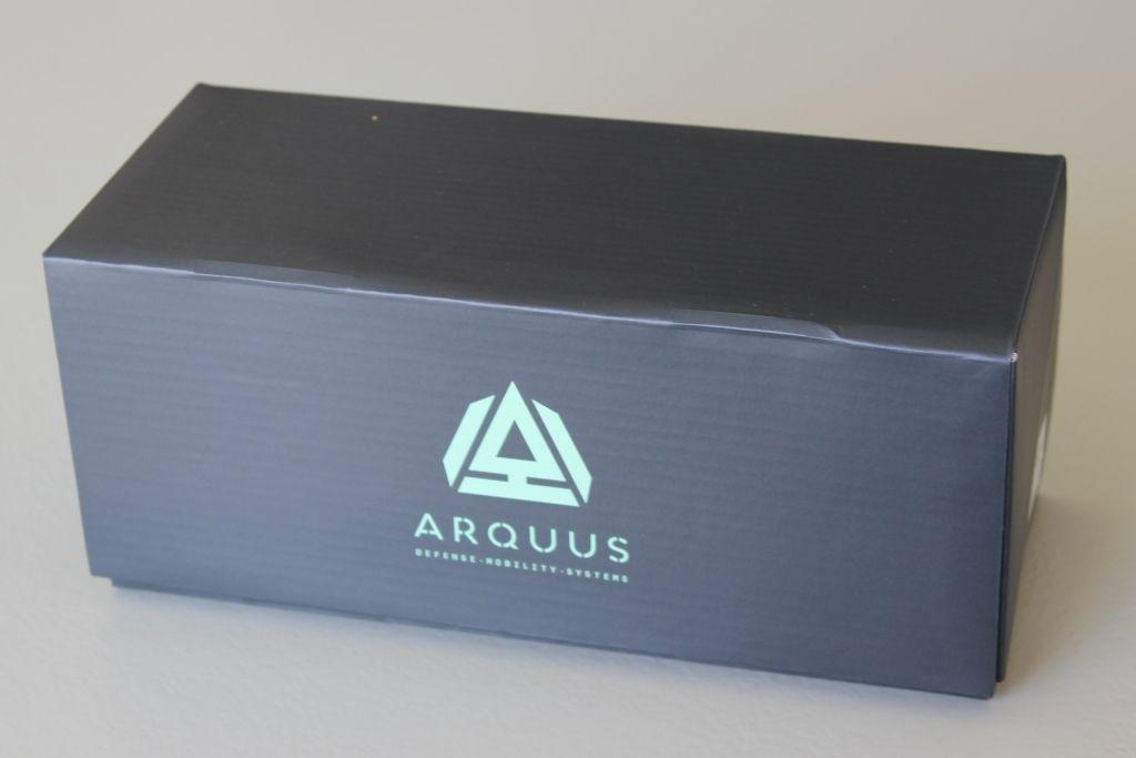 L'Higuard au 1/48 et sa boîte Arquus