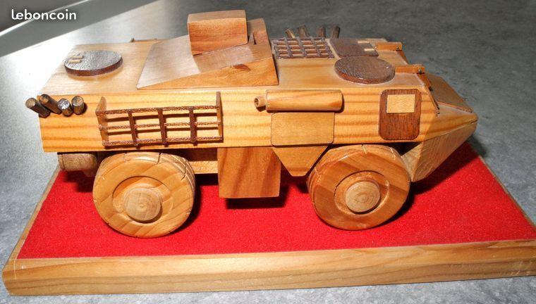 Un VAB HOT en bois...  qui ne laisse pas de marbre (par Frédéric R.)