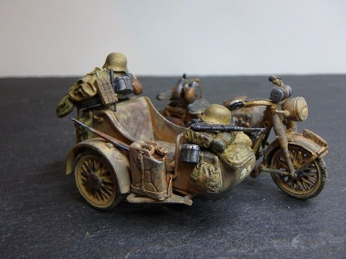 Contribution : Side-car BMW R75  Tamiya (Marc H)