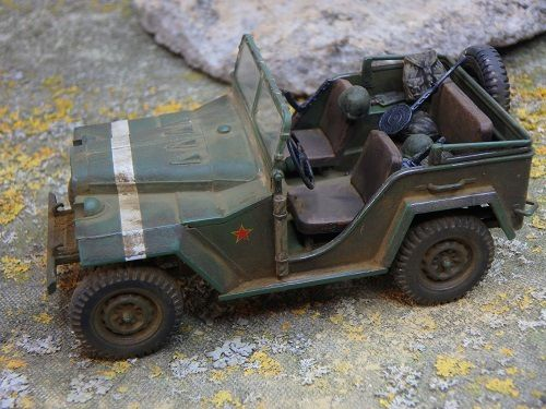 Modif : GAZ-67B au 1/48 (Tamiya finished model)