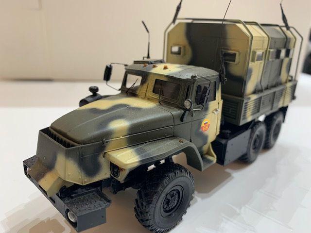 URAL-4320 et camions russes blindés au 1:43 (par Kamal et Hervé C.)