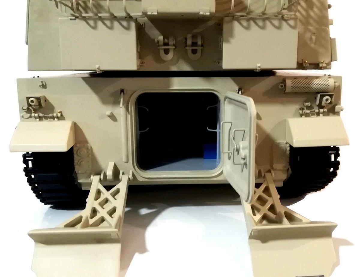 Archives Milinfo (24/11/19) : Le canon automoteur chinois NORINCO PLZ-45 au 1:32 (par René Valette)