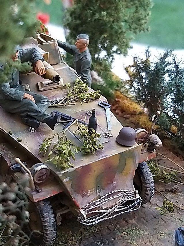 Diorama au 1/35 : Sdkfz 250/9  en Normandie (par Patrick G.)
