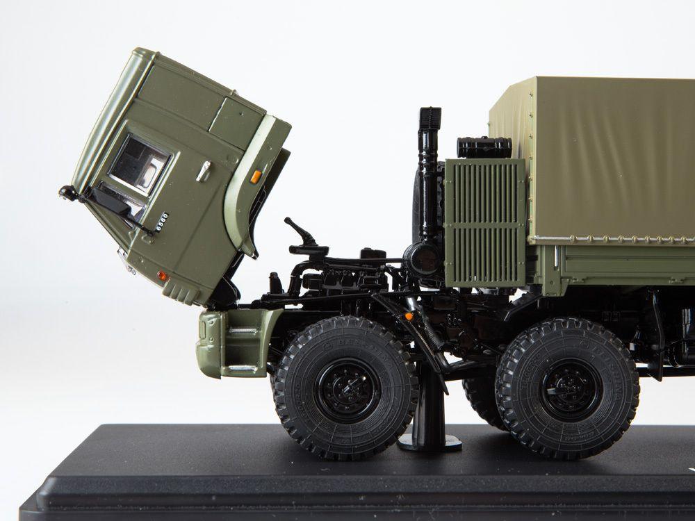 SSM1382 - KAMAZ-6560 8x8 caisse cargo bâchée