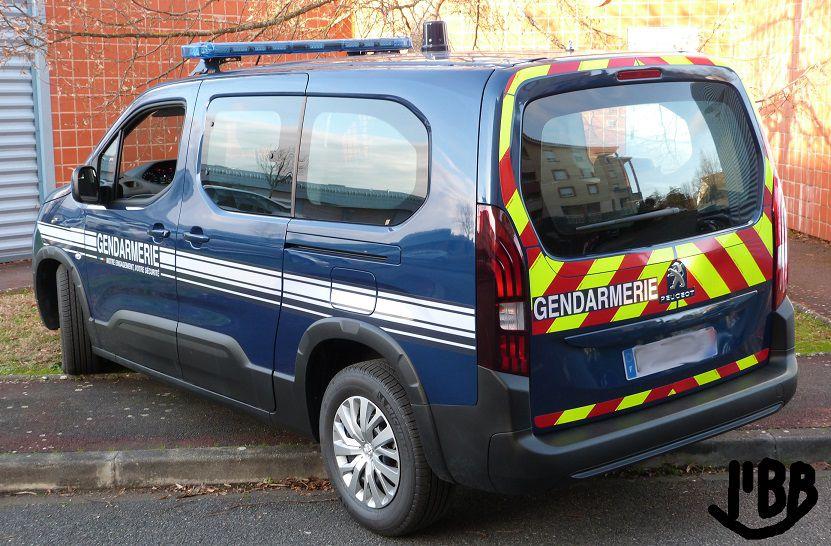 Peugeot Rifter Gendarmerie/Police/Pompiers (Norev - 1/43)