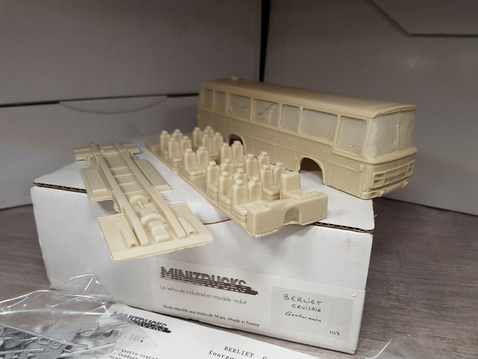 Collector : Berliet Cruiser Gendarmerie au 1/50 (Minitrucks)