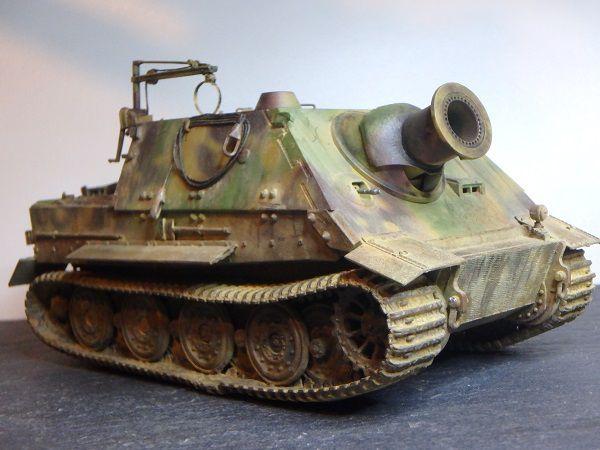 Sturmpanzer VI 38cm Sturmtiger au 1/48 (par Marc H.)