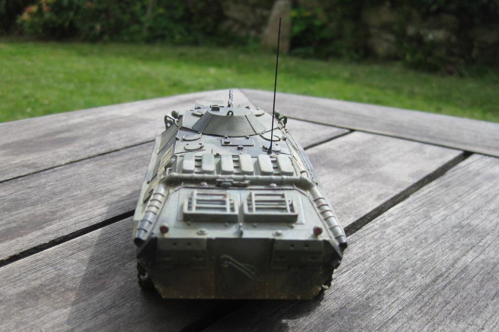 Blindé de reconnaissance BTR 70  (Gaso.Line - 1/48 - par Yann B.)