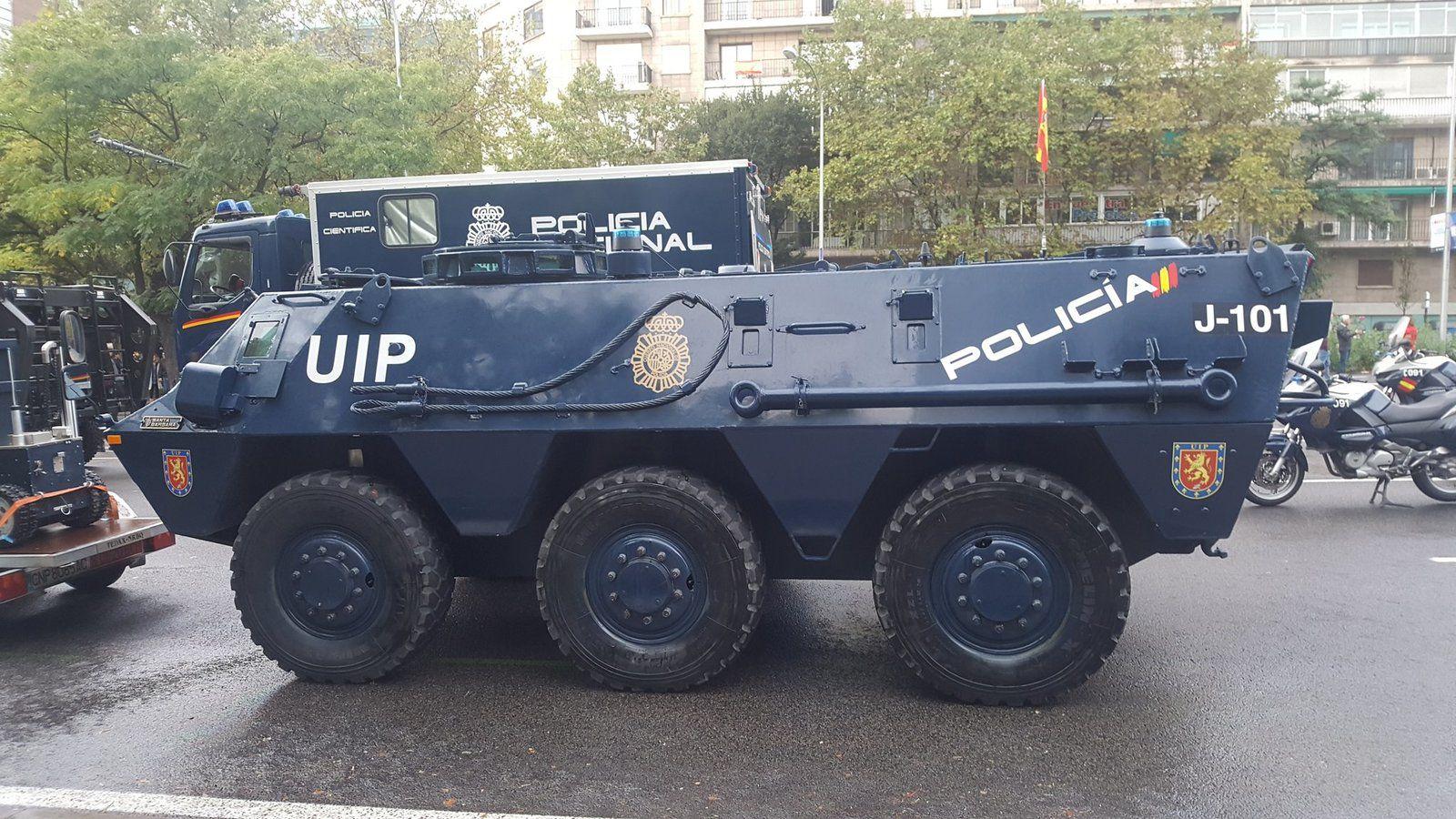 Pegaso BMR 600 Policia au 1/43 (Salvat Editions)