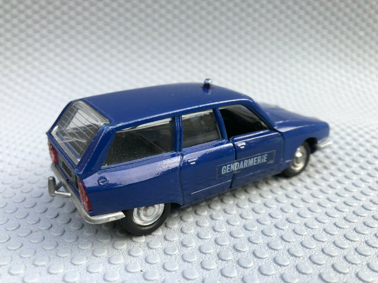 Collector : Citroën GS break Gendarmerie (Luso Toys)