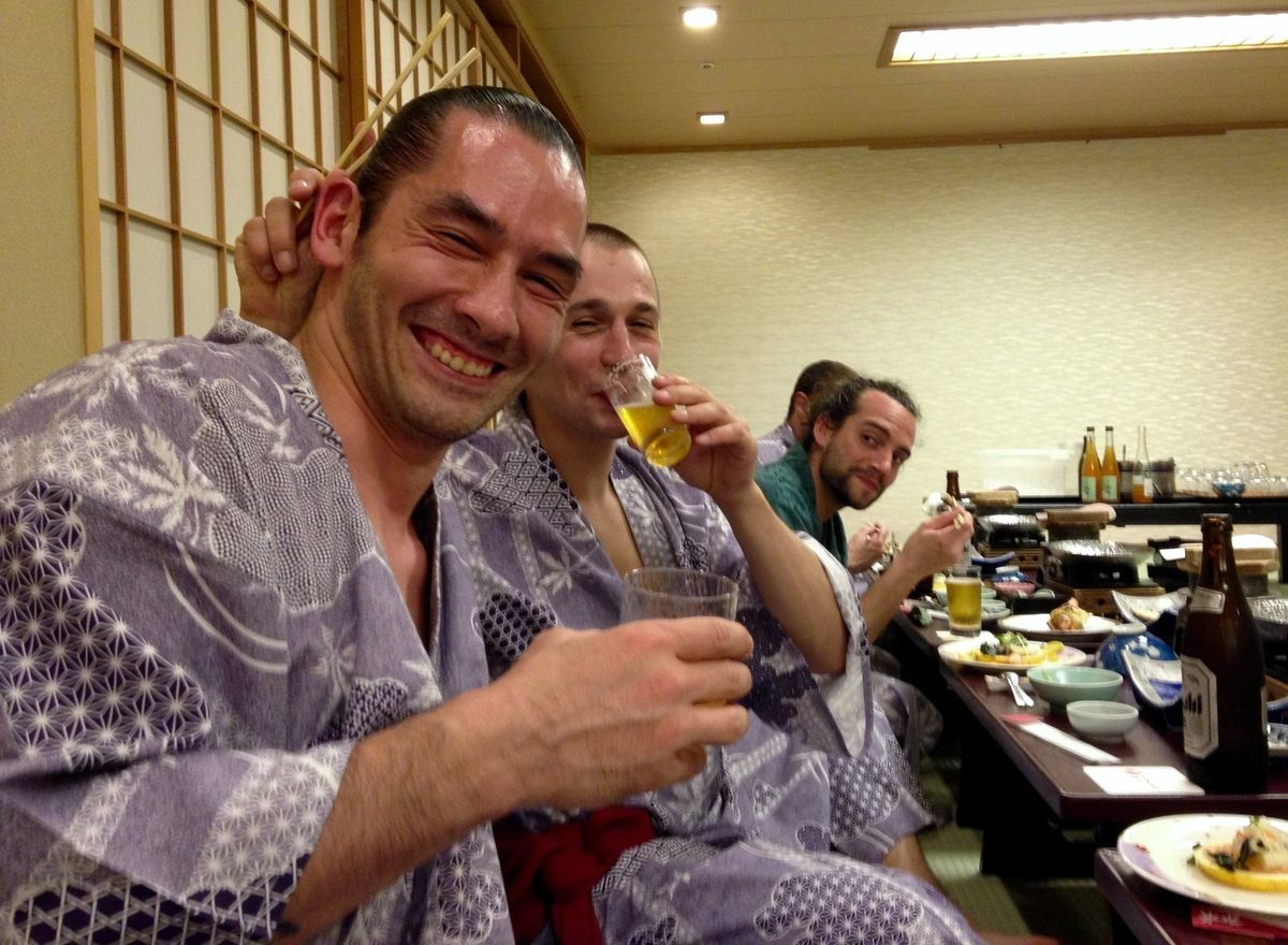 Repas au ryokan, le Japon traditionnel