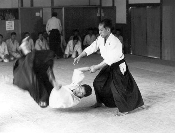 Ueshiba Kisshomaru Aikido Aikikai Hombu dojo