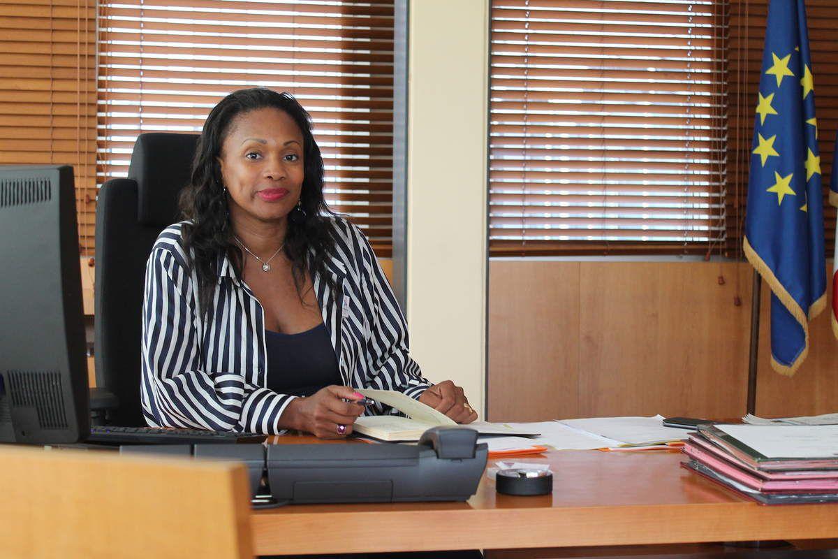 Laura Flessel dans son bureau de ministre des Sports le 22 juin