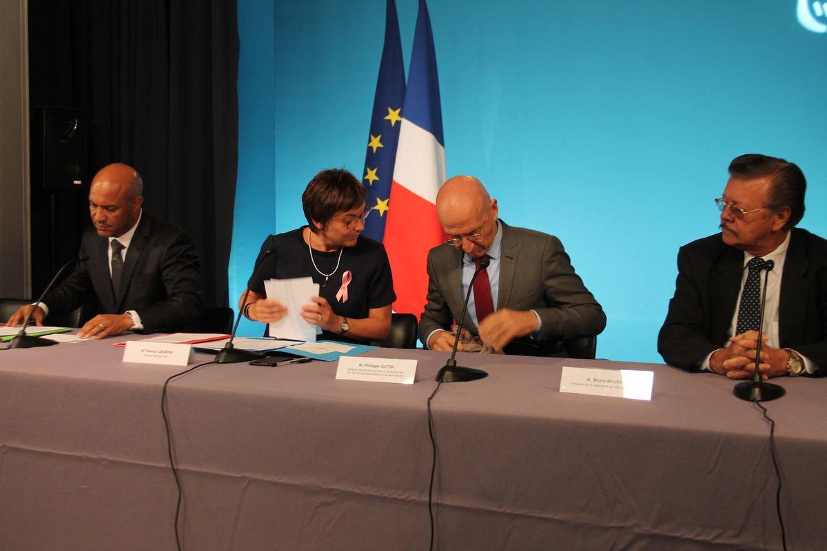 En attendant le rapport de l'inspection générale de l'administration sur la reconstruction de Saint-Barth et Saint-Martin