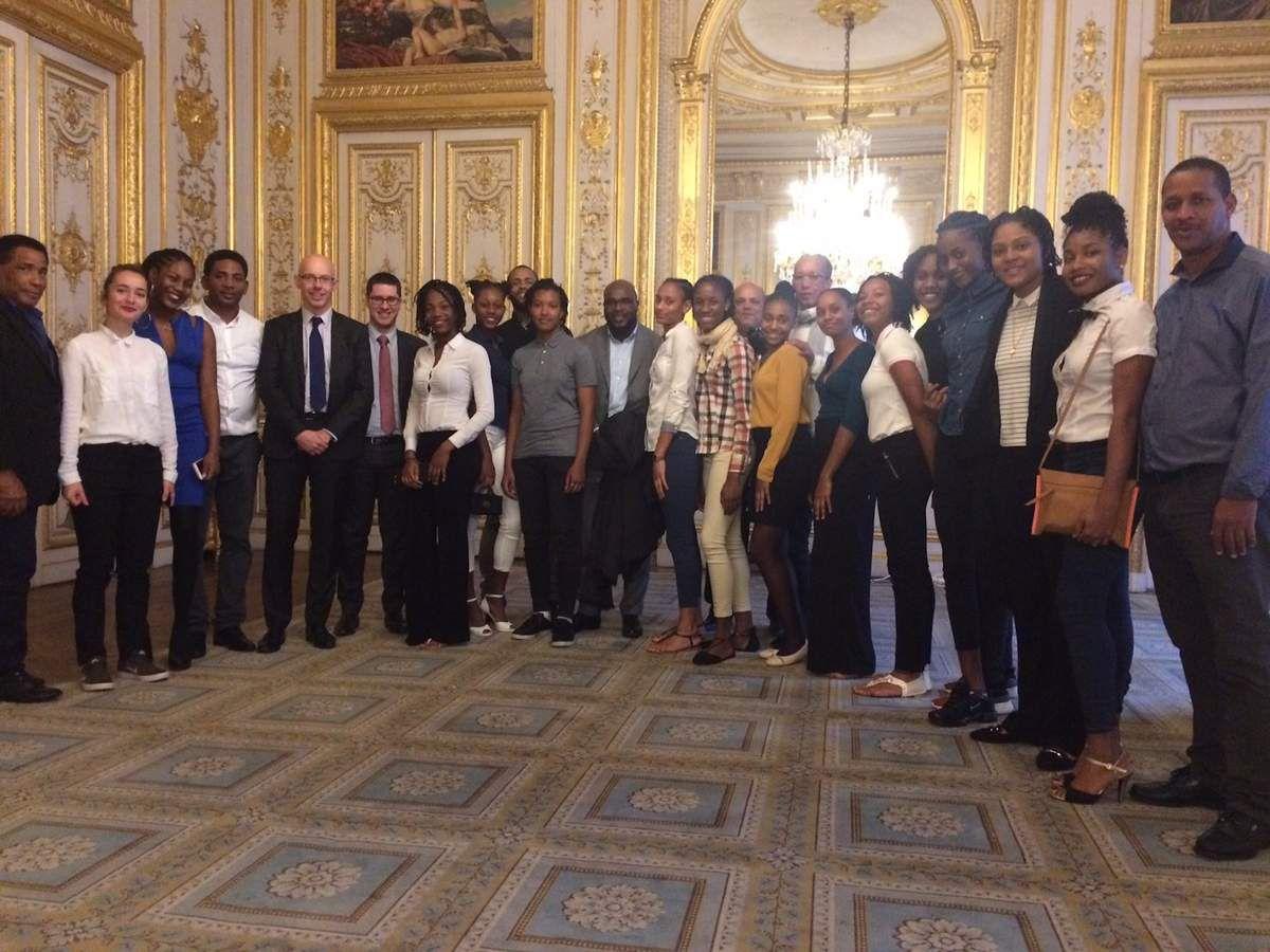 Les handballeuses des Antilles Guyane à l'Elysée