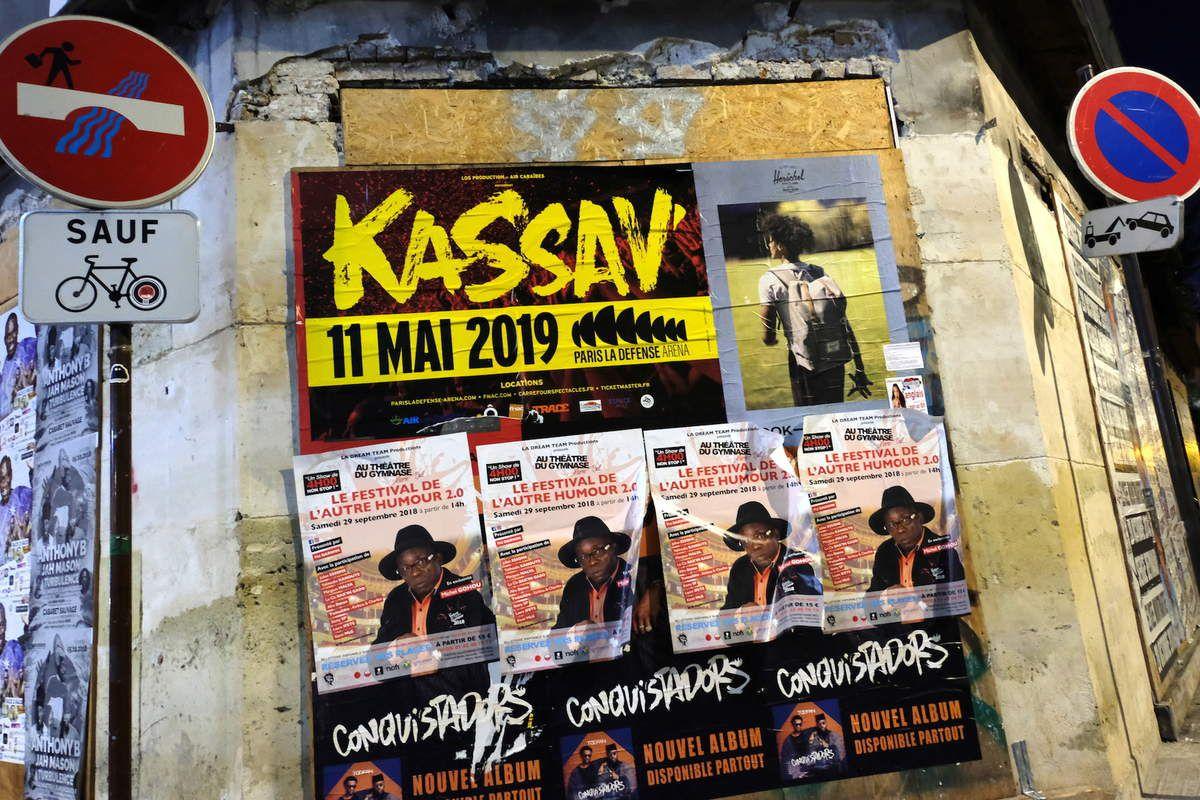 La dernière affiche de Kassav,, angle des rues rue Léon et  rue d'Oran, Paris 18