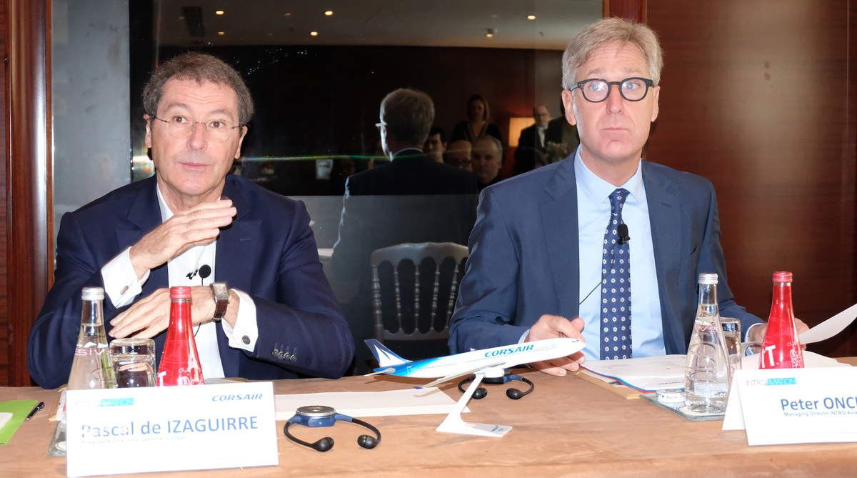 Pascal de Izaguirre, pdg de Corsair, et Peter Oncken, managing director d'Intro-Aviation, mardi 19 mars au Royal Monceau, Paris