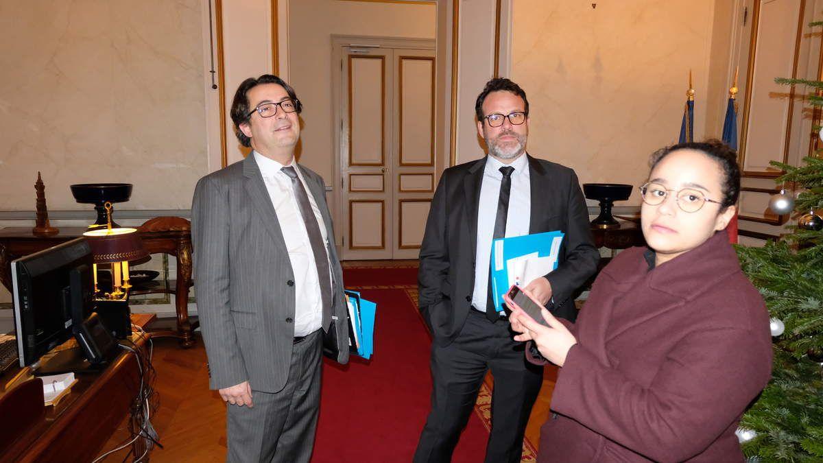 Thomas Degos, directeur de cabinet, Fabrice Thibier, chef de cabinet, et Alizé Bombardier, chargée de mission communication