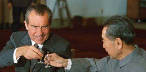 Je l'avais appelé Mao parce que je revenais de Chine : mes tribulations matinales dans la Chine de Mao Zedong ou Mao Tsé-toung (毛泽东 Máo Zédōng et un petit verre de Maotai pour la route de la soie !