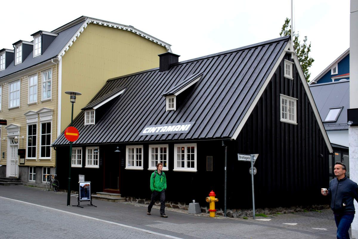 Islande - Noir and Black - Photos: Lankaart (c)