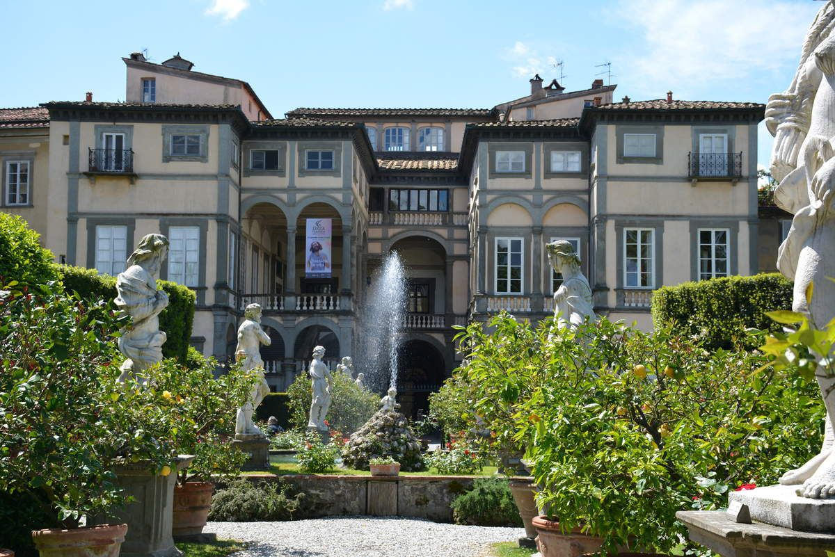 Lucca - Lucques - Jardins du Palais Pfanner - Photos: Lankaart (c)