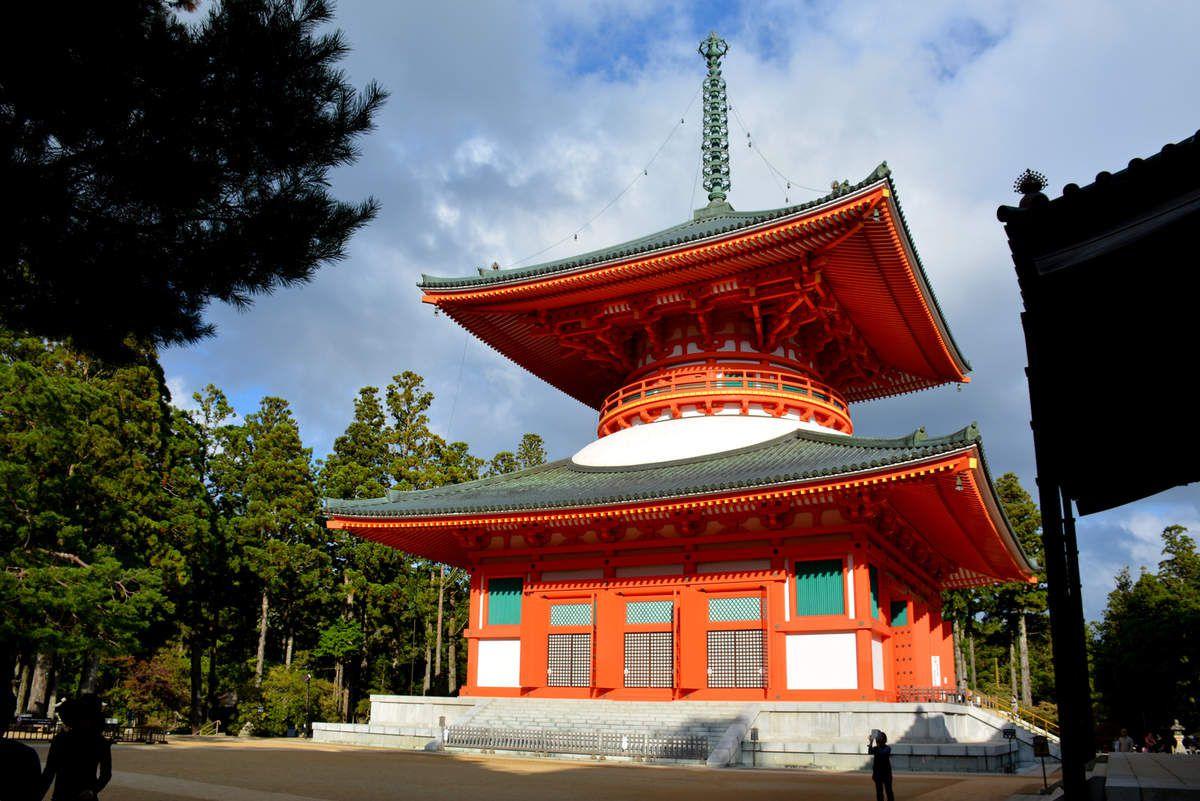 Koya-san - Pagode Konpon Daito - Danjo Garan - Photos: Lankaart (c)